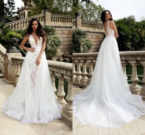 Sleeveless Bridal Gowns Lace Tulle Custom Stock Wedding Dress Lb1857 pictures & photos