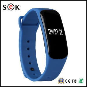 Newest Bluetooth Blood Pressure Measurement Fitness Bracelet M8 IP67 Waterproof Smart Bracelet pictures & photos