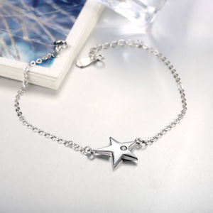 925 Sterling Steel Bracelet with a Star Pendant Inset Zircon Women Simple Silver Bracelet pictures & photos
