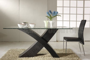 Modern Fashion Temper Glass Top with Wooden Foot Dining Table (NK-DT017)