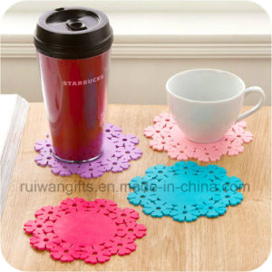 Snowflake Silicone Coffee Cup Coaster pictures & photos
