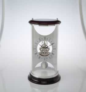 Promotional Gift Desk Clock with Pendulum K3022p pictures & photos