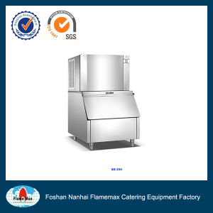 Commercial Cube Daily Production 250kg Ice Maker (SD-250) pictures & photos