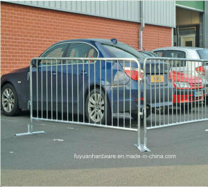 Low Price Powder Coated Security Barricades Crowd Control Fence pictures & photos