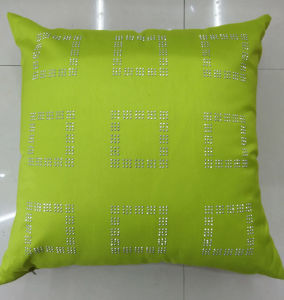 Hand-Made Decorative Pillow Diamond Ironing Decorative Cushion (XPL-48) pictures & photos