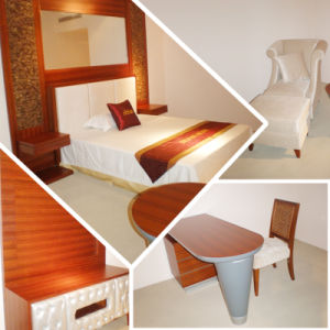 2014 Kingsize Luxury Chinese Wooden Restaurant Hotel Bedroom Furniture (GLB-30008) pictures & photos