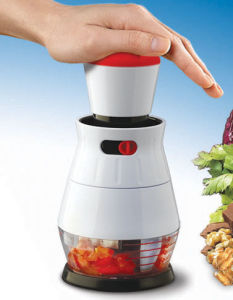 Zyliss Easy Chop Food Chopper (ZEC1008) pictures & photos