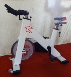 Fitness Equipmen Spinning Bike Xr9994 pictures & photos