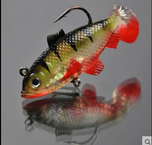 Soft Body Lure with Hook Different Color Different Size pictures & photos