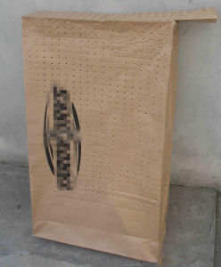 Customized Kraft Paper Valve Bag with Hole pictures & photos