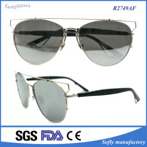 Women Fashion Metal Sunglasses with New Design Eyewear pictures & photos