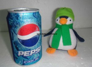 Stuffed Penguine Giveaway Toys with Green Hats and Scarf (LE-PT090702)