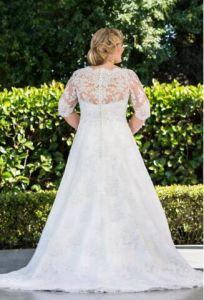 Plus Size A-Line Bridal Gowns Dresses Custom Lace Wedding Dresses 2018 Z7034 pictures & photos