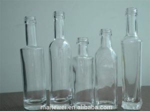Clear Mini Liquor Bottle pictures & photos