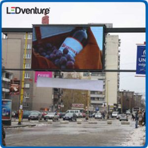 Waterproof Full Color Outdoor SMD LED Display for Advertising pictures & photos