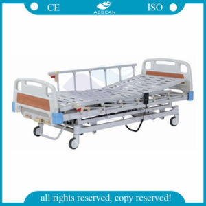 AG-By103 Electric and Manual Remote Hospital Bed pictures & photos