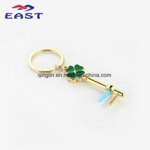 Novelty Design Clover Gold Painted Metal Key Ring pictures & photos