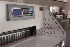 Heavy Duty (WD-670R) 80mm Hydraulic Program-Control Paper Cutting Machine pictures & photos