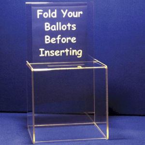 Customize Clear Cube Suggestion Acrylic Box pictures & photos