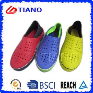 Colorful Fashion Design EVA Outdoor Men Clogs (TNK35861) pictures & photos