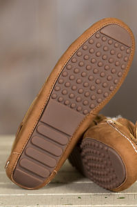 Women′s Genuine Leather Sheepskin Moccasin Slippers pictures & photos