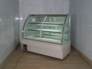 Arc Glass 2 Shelves Cold Case Cake Display Fridge pictures & photos
