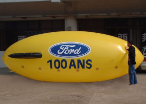 2017 New Popular Advertising Inflatable Helium Blimp pictures & photos