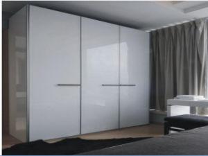 European Style Wardrobe Cabinet Livingroom Wardrobe pictures & photos