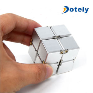 Mini ABS Foldable Infinity Fidget Cube pictures & photos