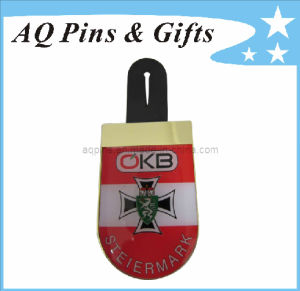 Cmyk Printing Lapel Pin Badge in Epoxy for Logo Emblem (badge-081) pictures & photos