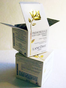 Paper Cosmetics Box (pine0011)
