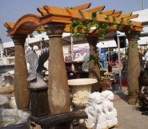 Antique Finish Stone Pergola Column (OCT1001) pictures & photos