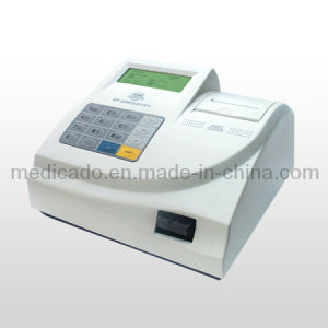 Medical Urine Analyzer with High Quality (QDMD-107) pictures & photos