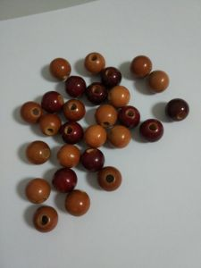 Schima Wooden Beads Size in 15mm and 16.5mm From Factory pictures & photos