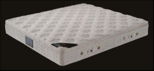 Memory Foam & Bonnel Spring Mattress (807) pictures & photos