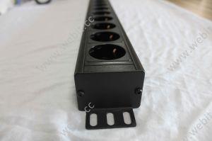 24 Ports 1u Vertical Installation Schuko Type Power Socket pictures & photos