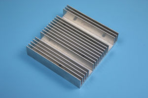 Aluminum Extruded Profile CNC Machined Heatsink Radiator pictures & photos