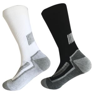 Half Cushion Poly Fashion Outdoor Sport Long Socks (JMPOD05) pictures & photos