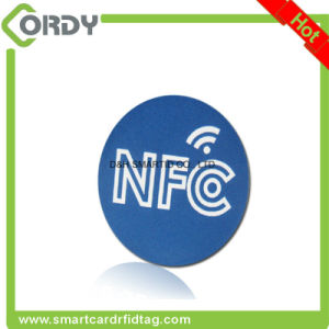 blank PVC RFID disc tag with NFC chip NTAG213 NTAG215 pictures & photos