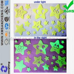 Star Shape Glow in The Dark Sticker (SZ3192) pictures & photos