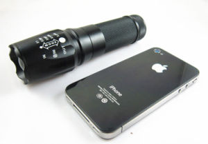JFF07 T6 10W CREE Rechareable 18650/AAA LED Torch pictures & photos
