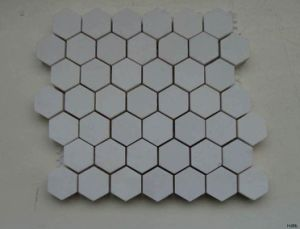 92% High Alumina Ceramic Tile for Wear Resistant/ Mosaic Tile pictures & photos