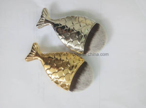 Lovely Fish Brush Gold and Silver Color Professional Makeup Brush pictures & photos