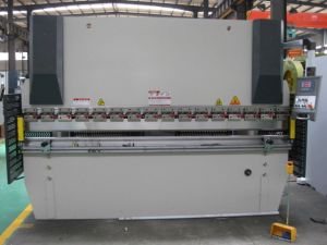 Nc Hydraulic Press Brake (WC67K-250T3200 wtih E10) pictures & photos