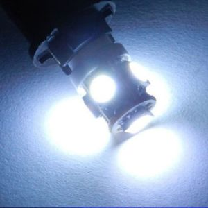 Auto LED Lamp T10 5SMD Canbus Error Free LED Bulb with Projector Lens pictures & photos