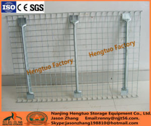 Factory Price Durable Wire Mesh Decking with Flared Channel pictures & photos