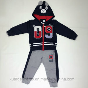 Kids Boy Sports Suit in Kids Clothes for Winter Hoodies Suits pictures & photos