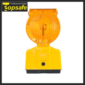Flashing 0.4W Solar Panel Amber Solar Powered Traffic Warning Lights pictures & photos