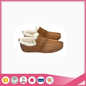 Brown Micro Suede with Faux Fur Suede Shoes Slippers pictures & photos