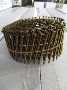 Q195/Q235 Sharp Point Bright Pallet Nails Roofing Nails Coil Nails pictures & photos